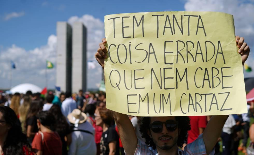 Image result for manifestações por educação